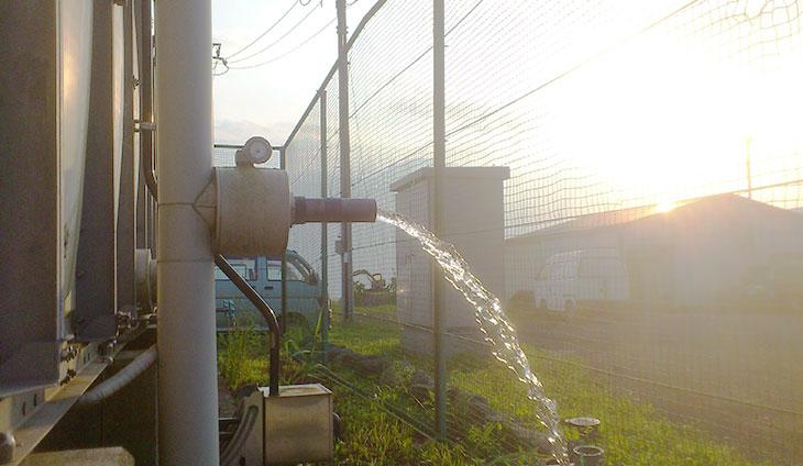 養豚場に汲み上げる美味しい富士山の水